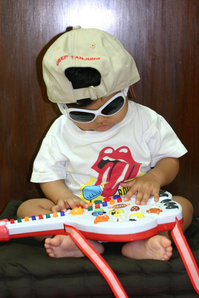 Rock N Roll Baby Mencoba Sakinah