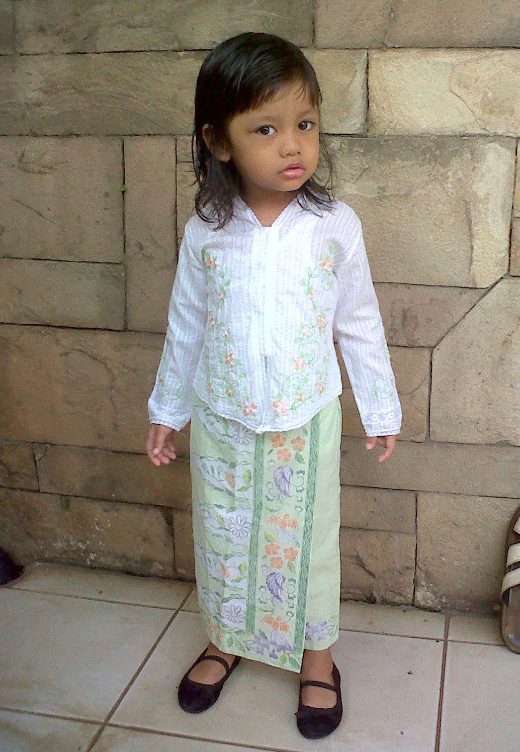 My Little Kartini Mencoba Sakinah